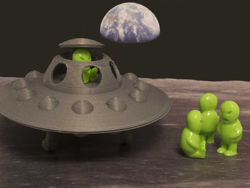 Aliens in the moon